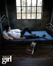 voguegirl+mar+2008_2