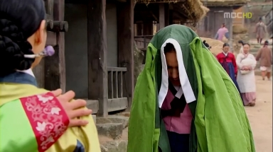 The Moon that Embraces the Sun Ep 09.avi_003365298