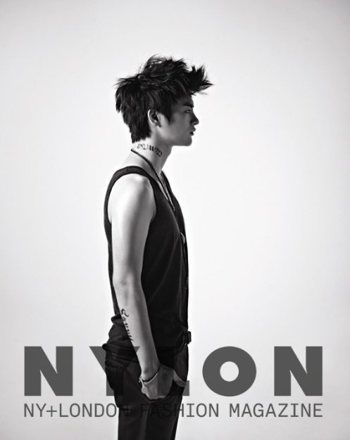 seoinguk+nylon+oct_1