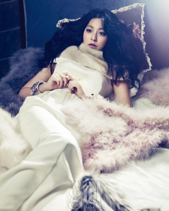 seyoung+voguegirl+dec12_3