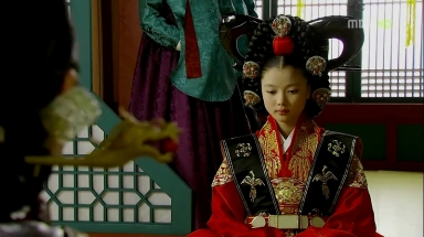 The Moon that Embraces the Sun Ep 04.avi_003151718