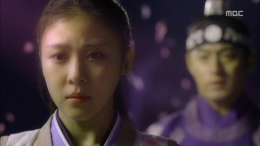 Empress.Ki.E09.131125.HDTV.XviD-LIMO.avi_003173873