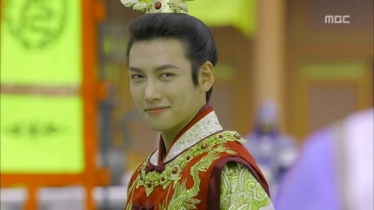 Empress.Ki.E10.131126.HDTV.XviD-LIMO.avi_000275008