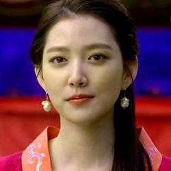Empress Ki: Character Introductions – the talking cupboard