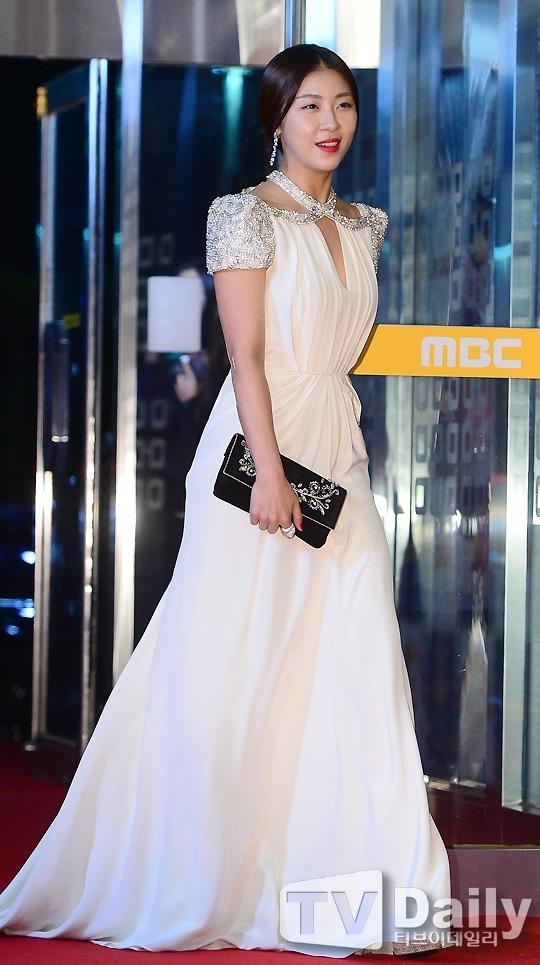 Empress Ki on MBC Drama Awards 2013 – the talking cupboard