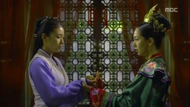 Empress.Ki.E11.131202.HDTV.XviD-LIMO.avi_000070136