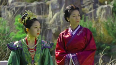 Empress.Ki.E11.131202.HDTV.XviD-LIMO.avi_000640240