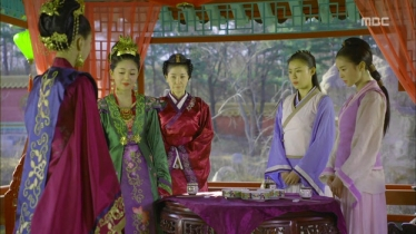 Empress.Ki.E11.131202.HDTV.XviD-LIMO.avi_003057724
