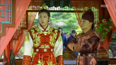 Empress.Ki.E12.131203.HDTV.XviD-LIMO.avi_000570070