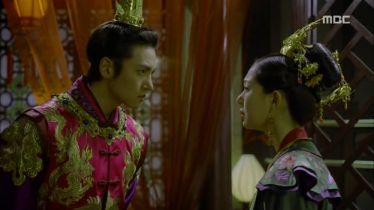 Empress.Ki.E13.131209.HDTV.XviD-LIMO.avi_002060326