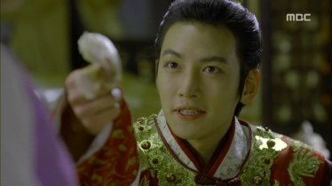 Empress.Ki.E13.131209.HDTV.XviD-LIMO.avi_002834000