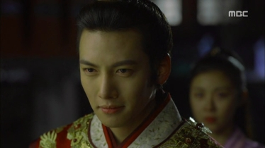 Empress.Ki.E13.131209.HDTV.XviD-LIMO.avi_003003503