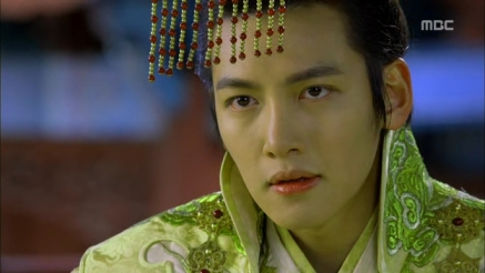 Empress.Ki.E14.131210.HDTV.XviD-LIMO.avi_000585985