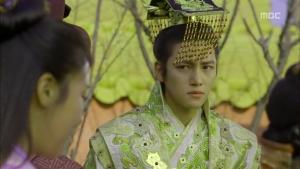 Empress.Ki.E14.131210.HDTV.XviD-LIMO.avi_001986486
