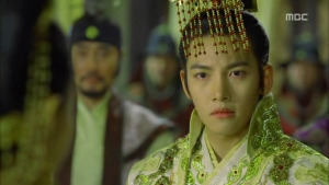 Empress.Ki.E14.131210.HDTV.XviD-LIMO.avi_002148715