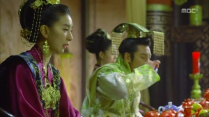 Empress.Ki.E14.131210.HDTV.XviD-LIMO.avi_002590990