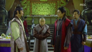 Empress.Ki.E14.131210.HDTV.XviD-LIMO.avi_002664597