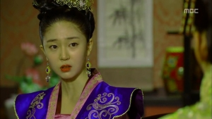 Empress.Ki.E15.131216.HDTV.XviD-LIMO.avi_001042175