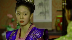 Empress.Ki.E15.131216.HDTV.XviD-LIMO.avi_001107340