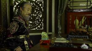 Empress.Ki.E15.131216.HDTV.XviD-LIMO.avi_003107907