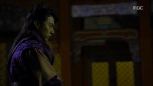 Empress.Ki.E16.131217.HDTV.XviD-LIMO.avi_002016282