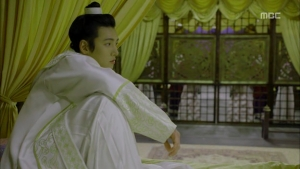 Empress.Ki.E17.131223.HDTV.XviD-LIMO.avi_000080213