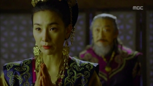Empress.Ki.E17.131223.HDTV.XviD-LIMO.avi_000309009