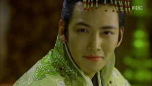 Empress.Ki.E17.131223.HDTV.XviD-LIMO.avi_002512278