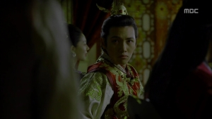 Empress.Ki.E17.131223.HDTV.XviD-LIMO.avi_003339973