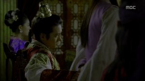 Empress.Ki.E17.131223.HDTV.XviD-LIMO.avi_003422355