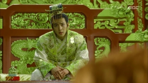 Empress.Ki.E18.131224.HDTV.XviD-LIMO.avi_001751951