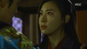 Empress.Ki.E19.140106.HDTV.XviD-LIMO.avi_001908341