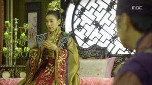 Empress.Ki.E20.140107.HDTV.XviD-LIMO.avi_001912379