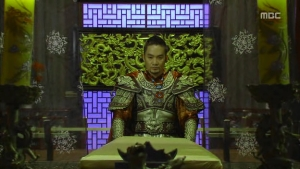 Empress.Ki.E20.140107.HDTV.XviD-LIMO.avi_002933033