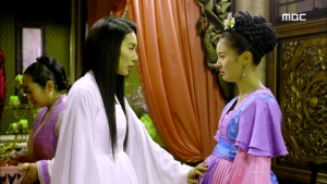 Empress.Ki.E21.140113.HDTV.XviD-LIMO.avi_001063296