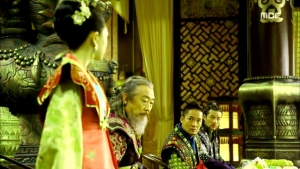 Empress.Ki.E24.140121.HDTV.XviD-LIMO.avi_000691858