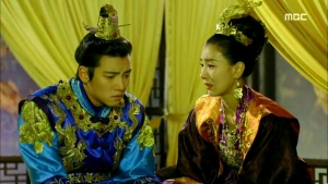 Empress.Ki.E24.140121.HDTV.XviD-LIMO.avi_001972639