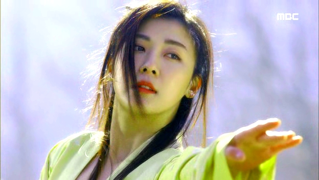 Empress.Ki.E24.140121.HDTV.XviD-LIMO.avi_002149349