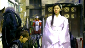 Empress.Ki.E24.140121.HDTV.XviD-LIMO.avi_003244744