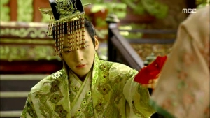Empress.Ki.E25.140127.HDTV.XviD-LIMO.avi_003514714