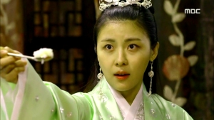 Empress.Ki.E26.140128.HDTV.XviD-LIMO.avi_002031664