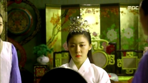 Empress.Ki.E26.140128.HDTV.XviD-LIMO.avi_002129295
