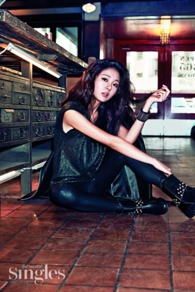 baekjinhee+singles+mar14+1
