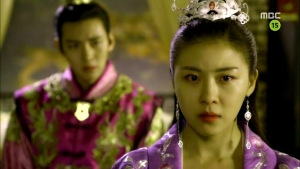 Empress.Ki.E27.140203.HDTV.XviD-LIMO.avi_002406373