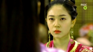 Empress.Ki.E27.140203.HDTV.XviD-LIMO.avi_003017517