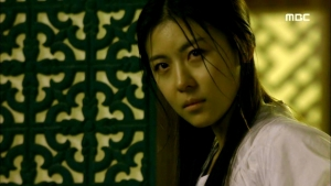 Empress.Ki.E28.140204.HDTV.XviD-LIMO.avi_000328895