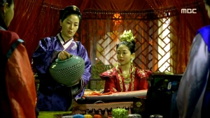 Empress.Ki.E28.140204.HDTV.XviD-LIMO.avi_001373073