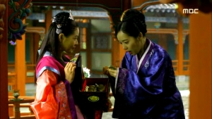 Empress.Ki.E28.140204.HDTV.XviD-LIMO.avi_001515582
