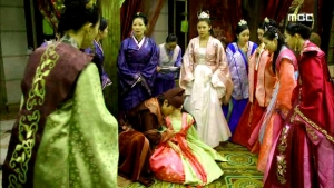 Empress.Ki.E28.140204.HDTV.XviD-LIMO.avi_002186419