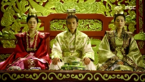 Empress.Ki.E28.140204.HDTV.XviD-LIMO.avi_002485752